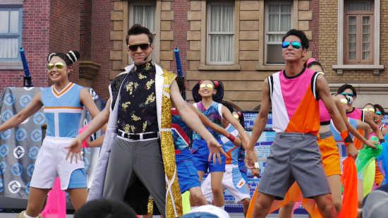 ミニオン・クール・ファッションショーダンサー
