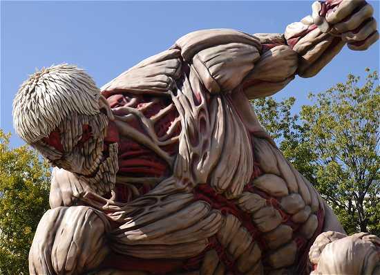 進撃の巨人 鎧の巨人