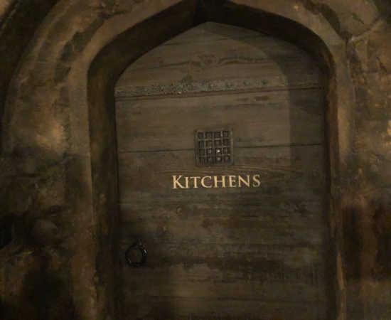 ホグワーツ城 キッチンルーム ドア