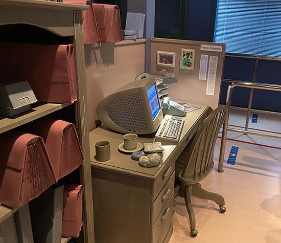 新聞記者の事務所・デスク