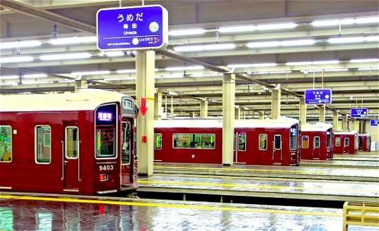 阪急電車梅田駅