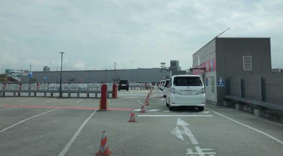 USJ駐車場
