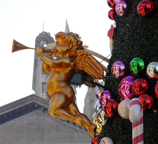 クリスマスツリーの天使