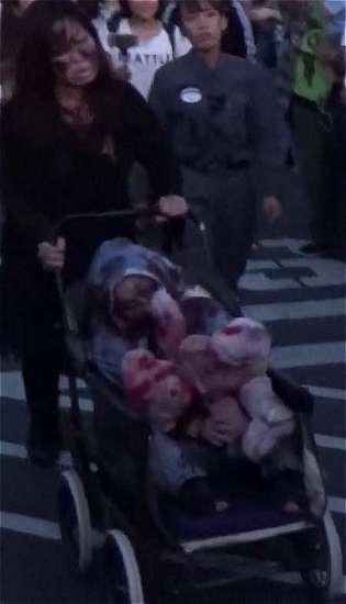 赤ちゃんゾンビとお母さんゾンビ